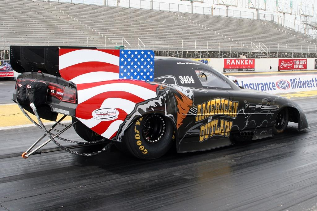Allan Middendorf Teams Up With Vinyl Images & Design To Debut The American Outlaw At Funny Car Chaos